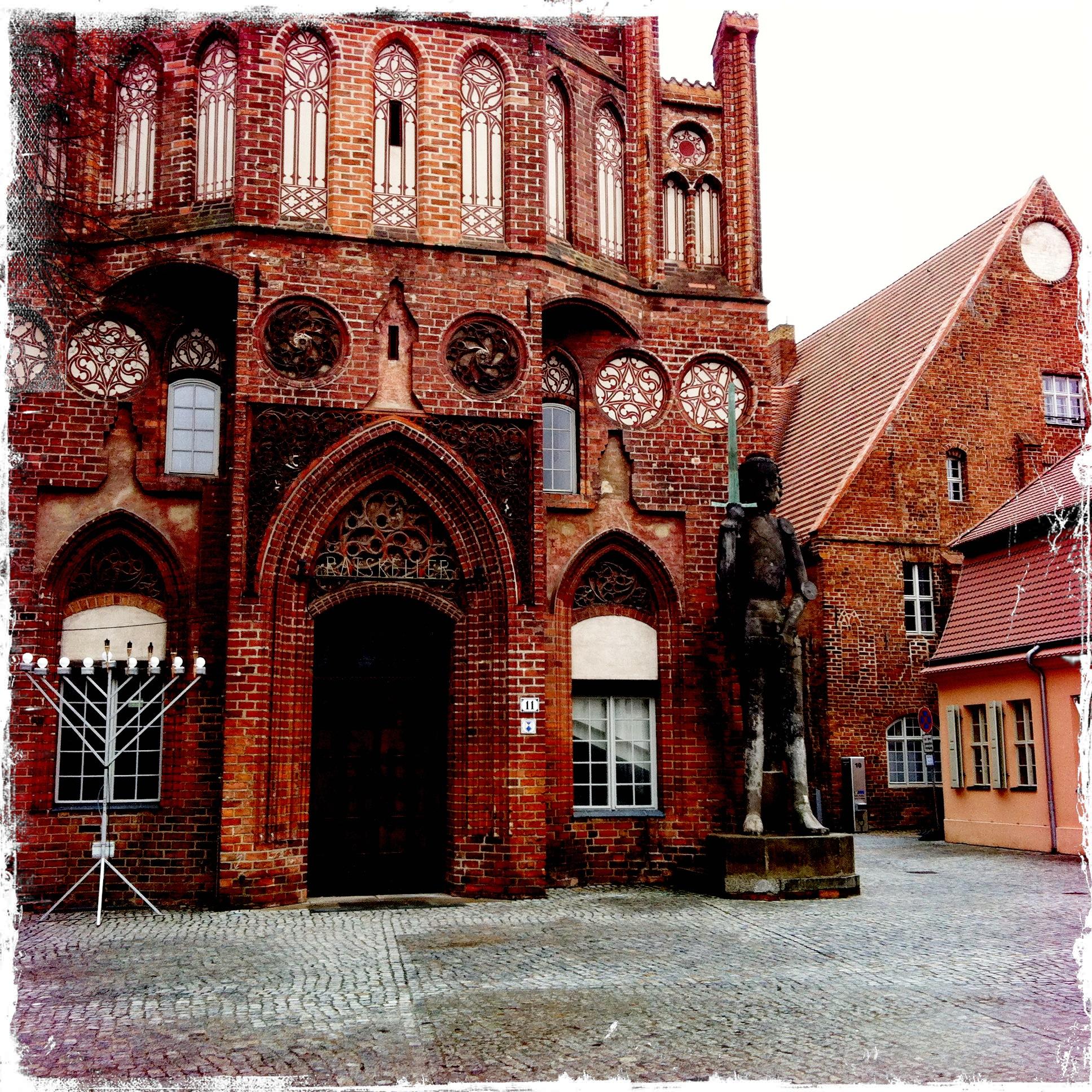 Brandenburg an der Havel l Rathaus und Roland