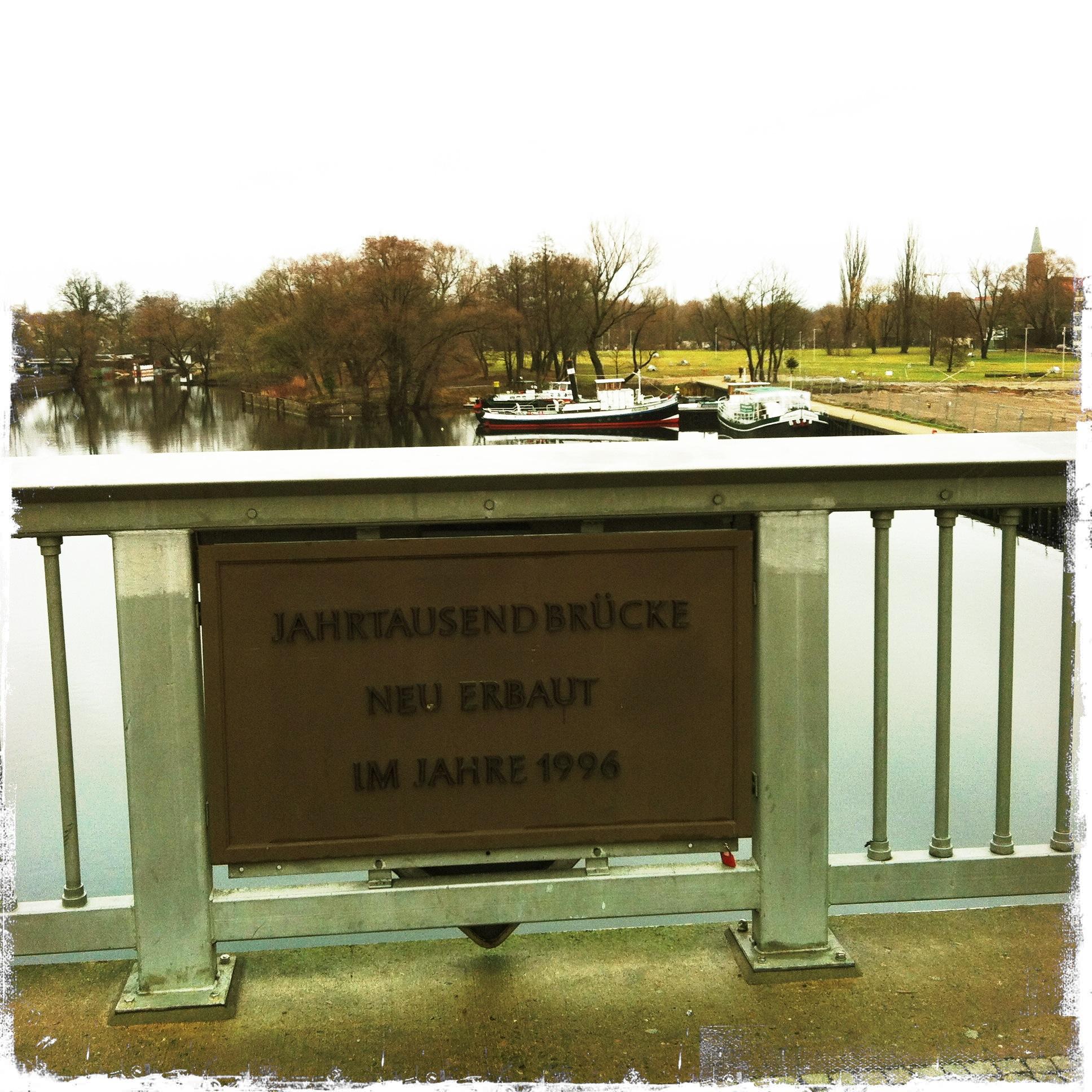 Brandenburg an der Havel l Jahrhundert Brücke