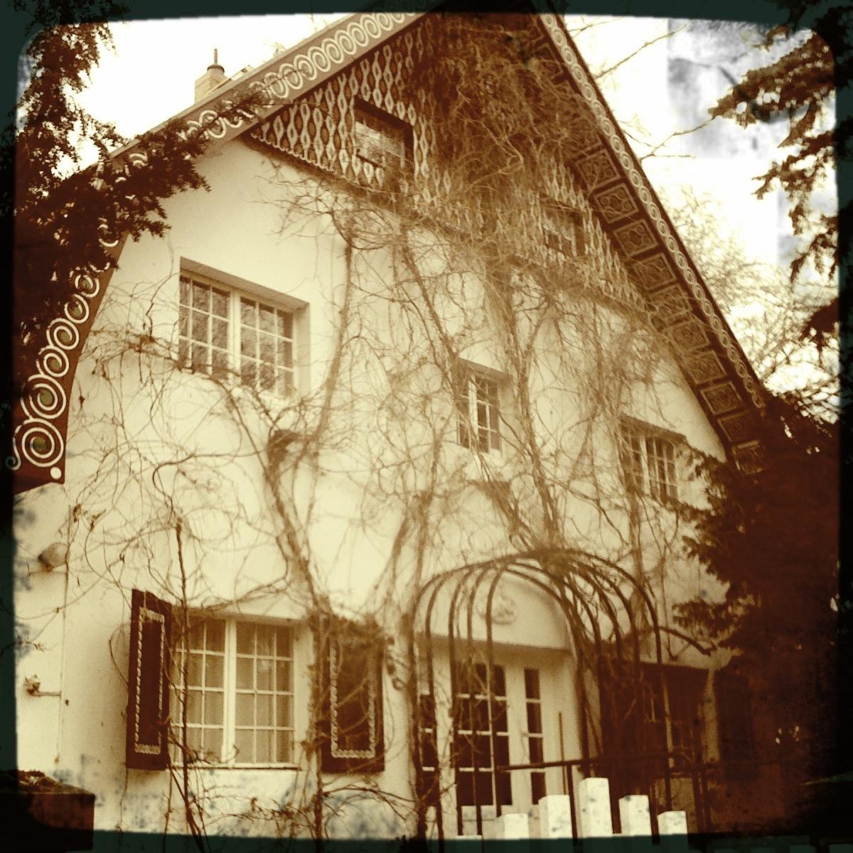 Buckow-Brecht-Weigel-Haus-Vorderansicht