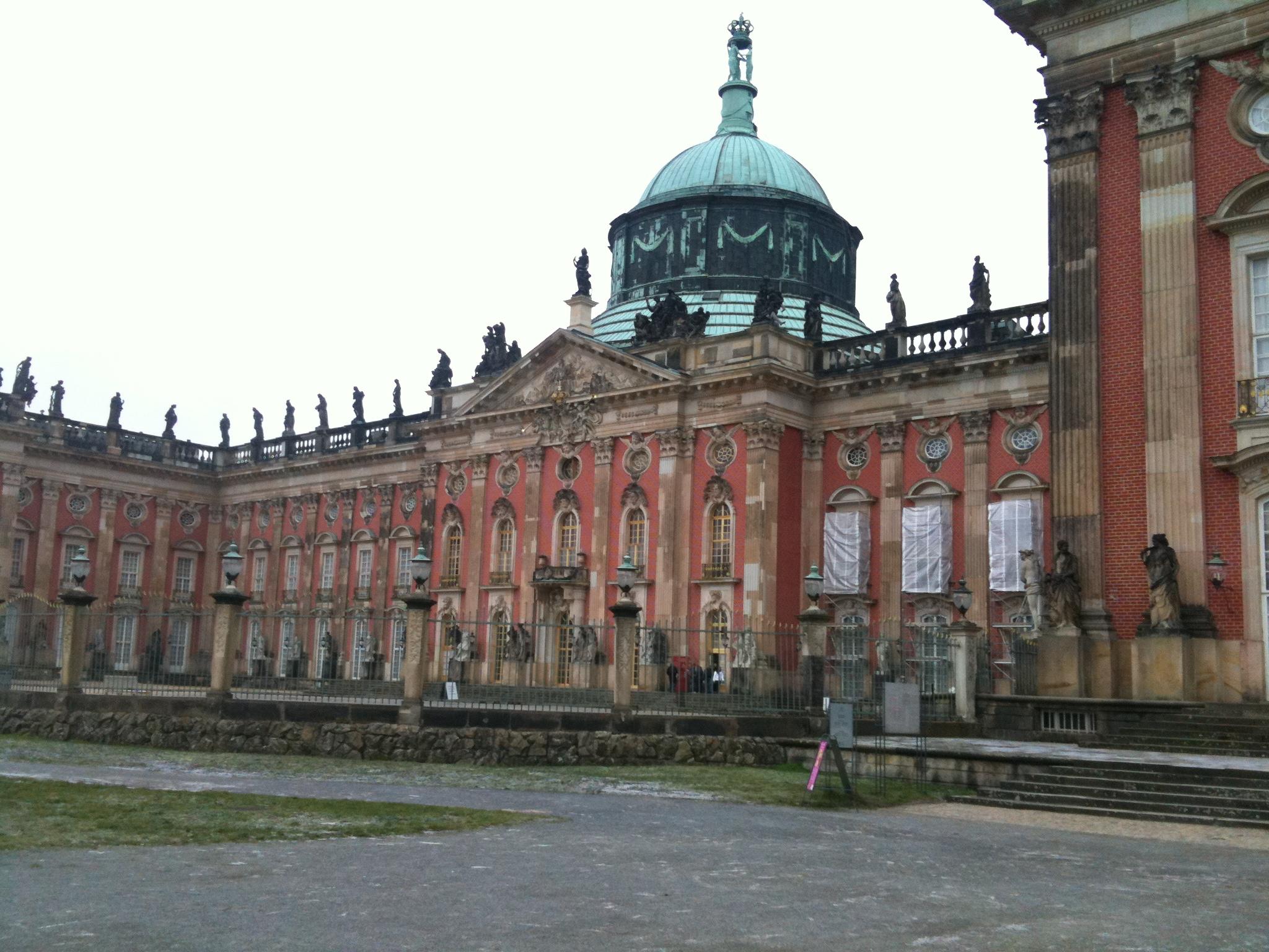 Sanssouci-Neues-Palais-3